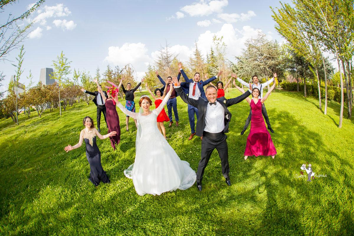 En-Eğlenceli-Düğün-Pozları-Ankara