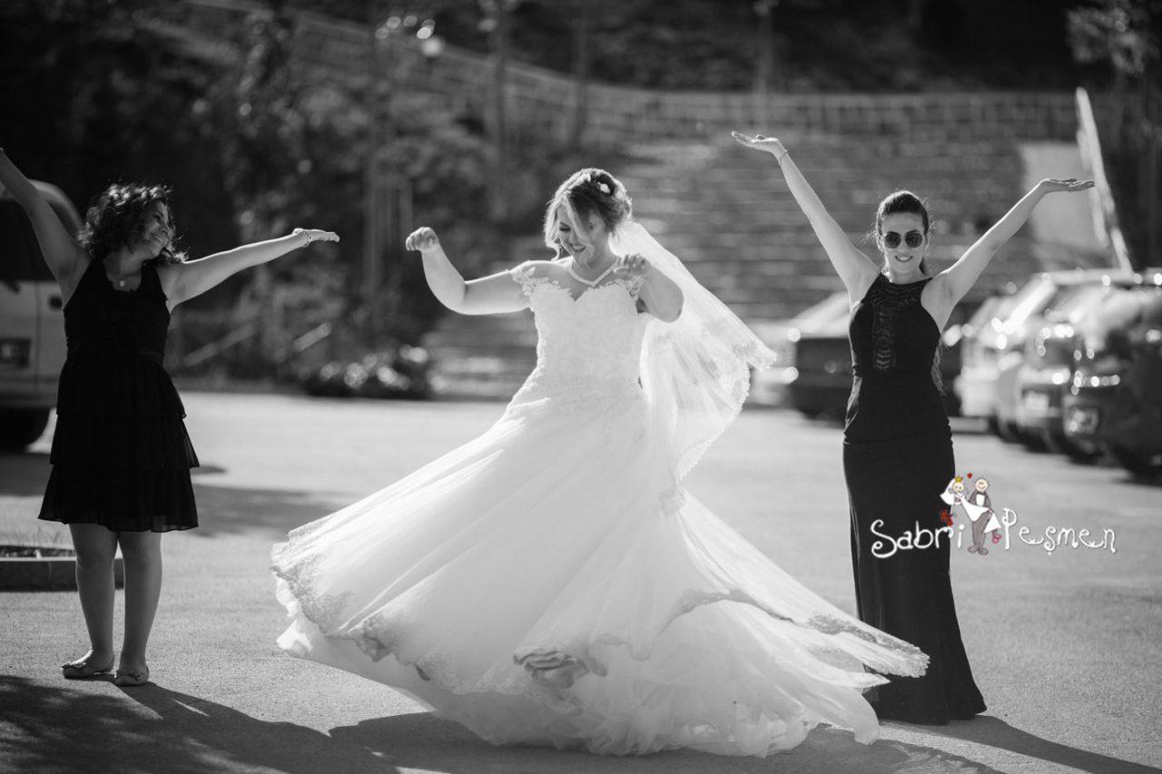 Dış-Mekan-Düğün-Fotoğrafı-Fiyatları-Altın-Köy-Açık-Hava-Müzesi
