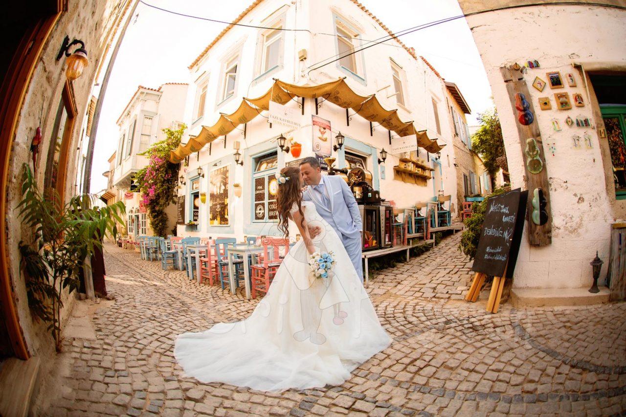 İzmir-Alaçatı-Sokakları-Düğün-Fotoğrafları