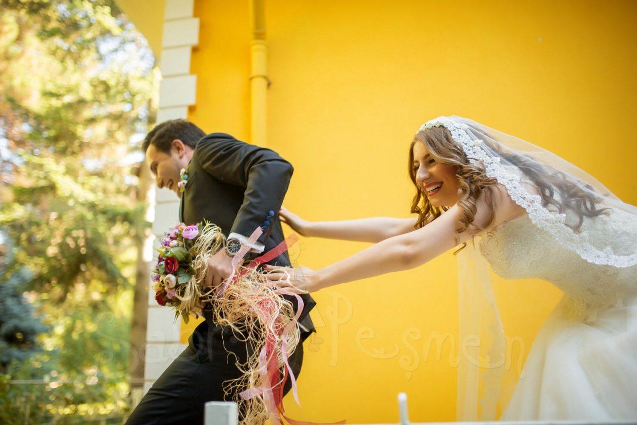 Tokat-Dış-Çekim-Düğün-Fotoğrafçısı-En-Eğlenceli-Düğün-Pozları
