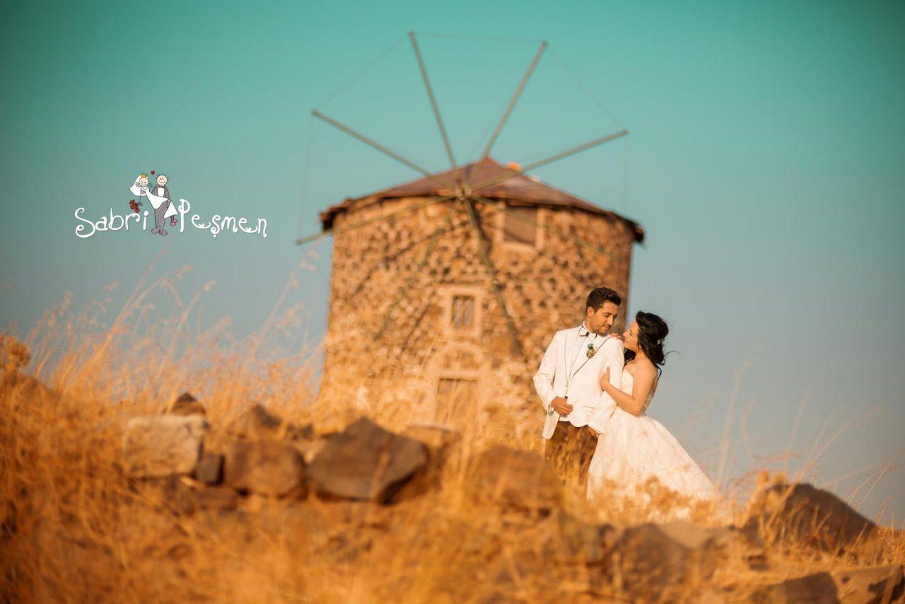 Balıkesir-Cunda-Adası-Değirmen-'de-Çekilmiş-En-Güzel-Düğün-Fotoğrafları-2017