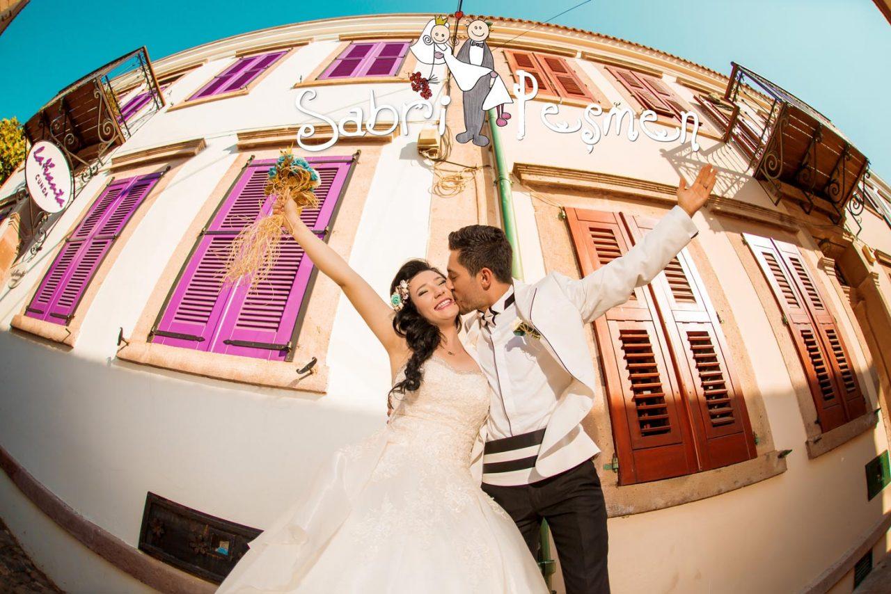 Balıkesir-Edremit-Cunda-Adası-En-Eğlenceli-Dış-Çekim-Düğün-Pozları-2017